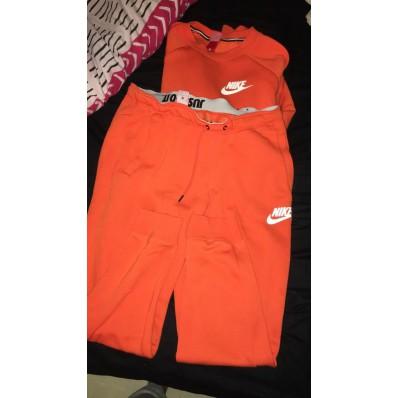 ensemble nike orange