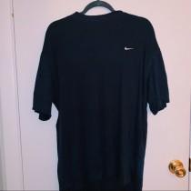 nike shirt oversized